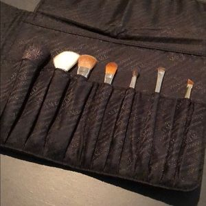 NEW Trish McEvoy 7-brush set